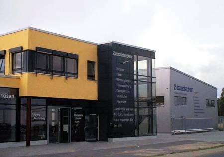 Produktionshalle, Verwaltungs- und Ausstellungsgebäude